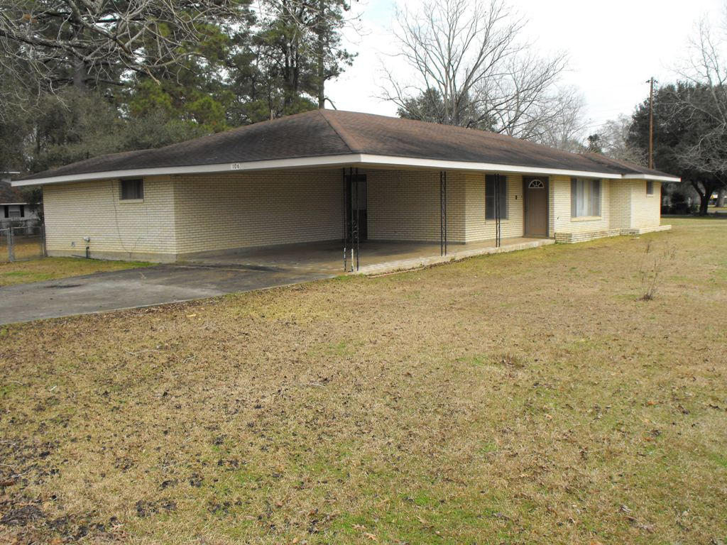 Pitkin home for sale, 106 Hill St, Pitkin LA - $107,000