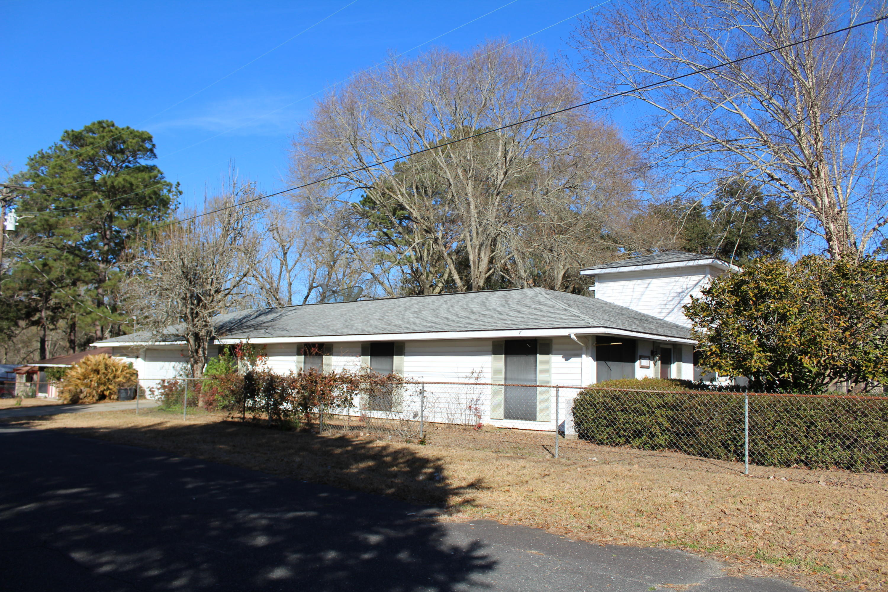 DeRidder home for sale, 1113 Texas, N, DeRidder LA - $189,000