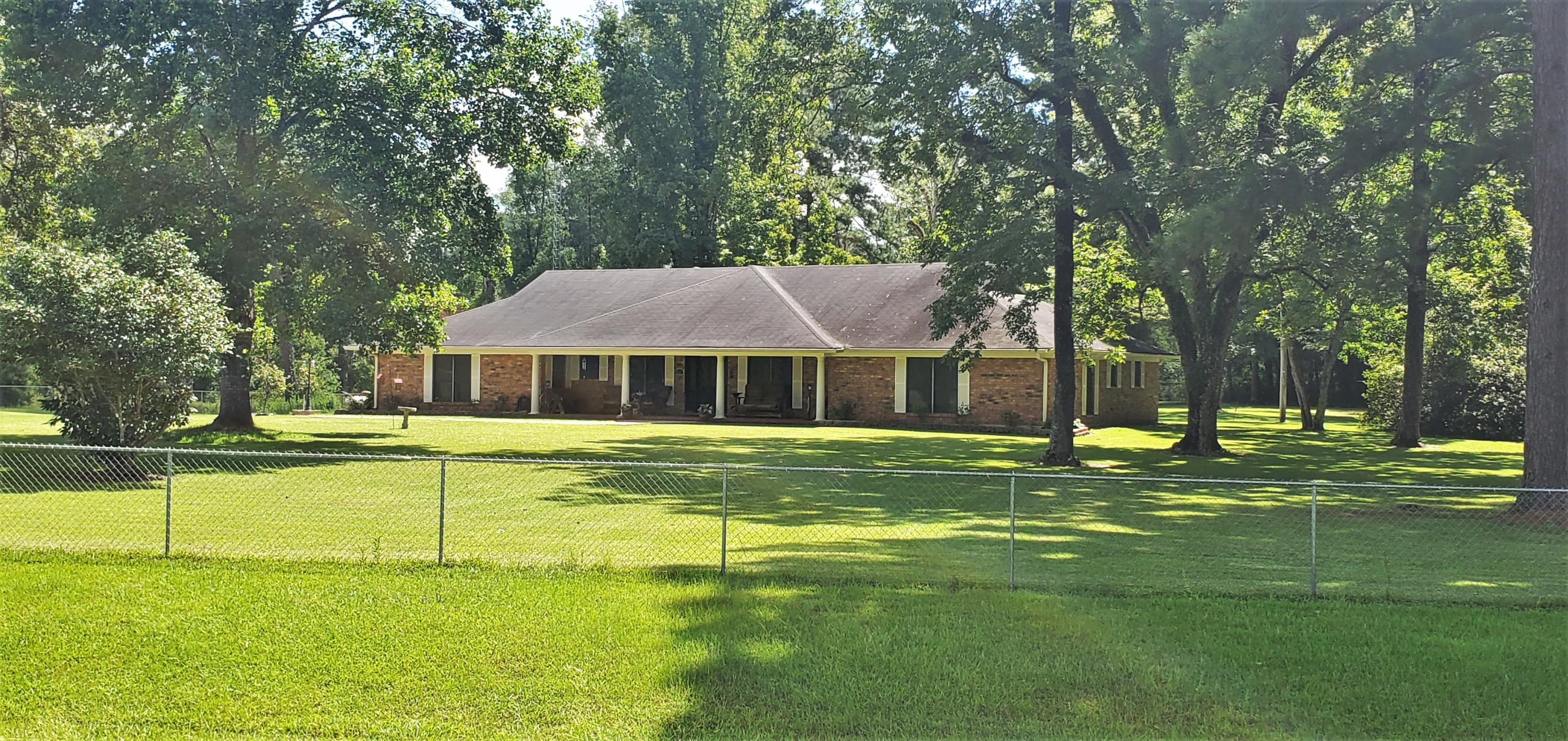 Simpson home for sale, 1201 HWY 8, Simpson LA - $280,000