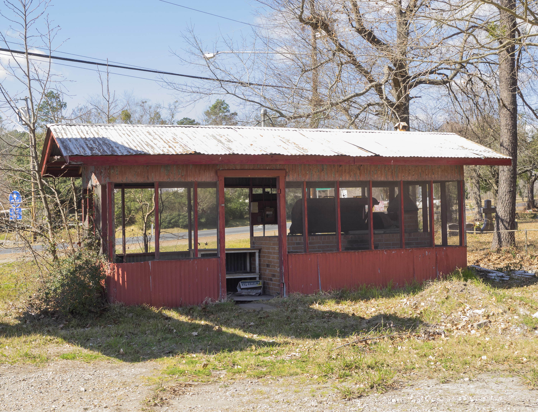 Leesville commercial property for sale, 1203 5th St, Leesville LA - $174,900