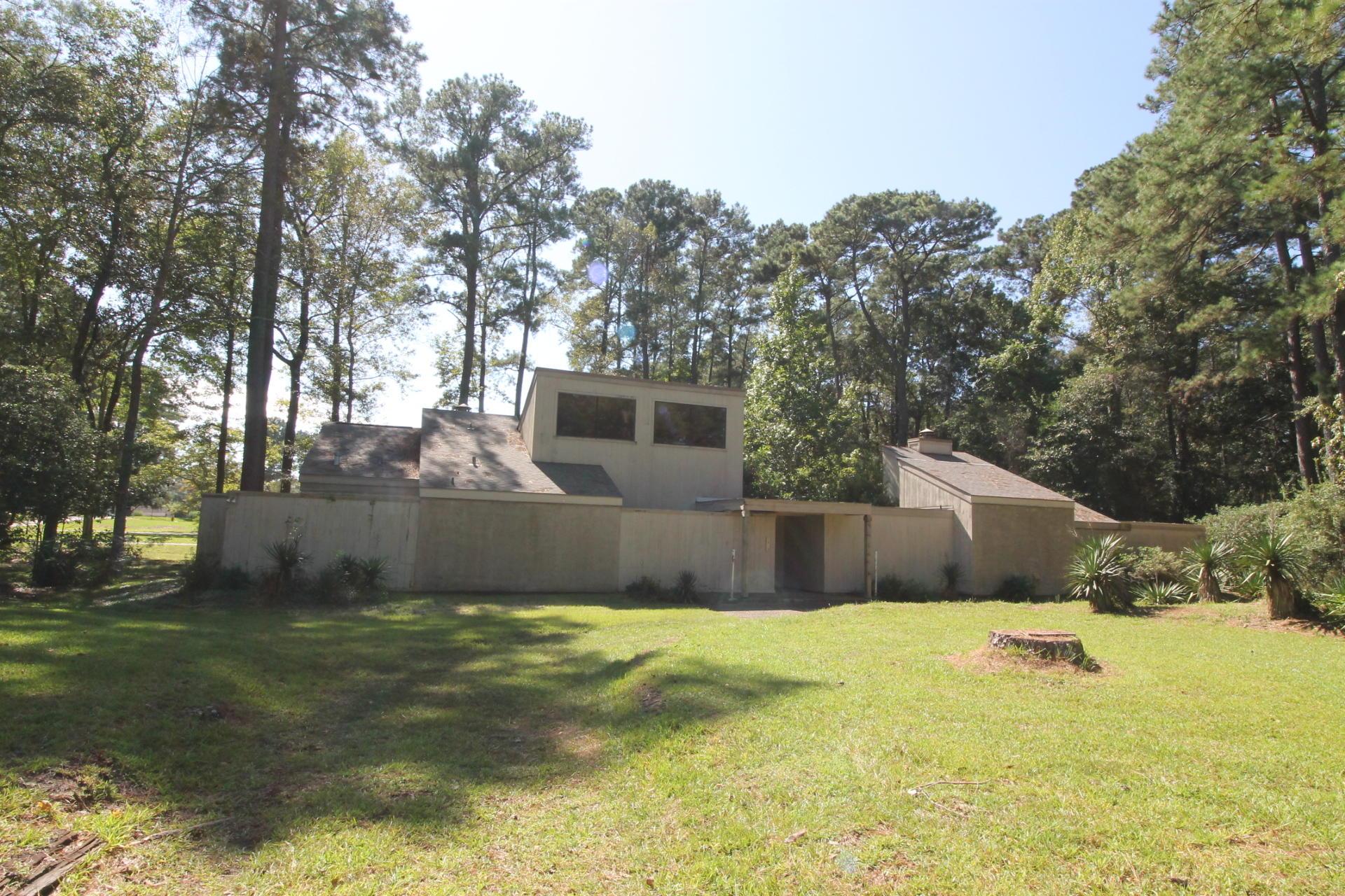 DeRidder home for sale, 1313 Woodbrook St, DeRidder LA - $120,000