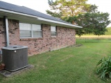 Leesville home for sale, 13306 Lake Charles Hwy, Leesville LA - $182,000