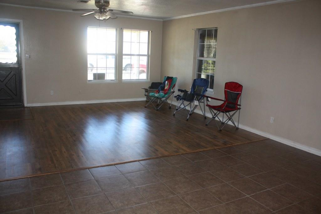 Starks home for sale, 138 4th St, Starks LA - $132,000