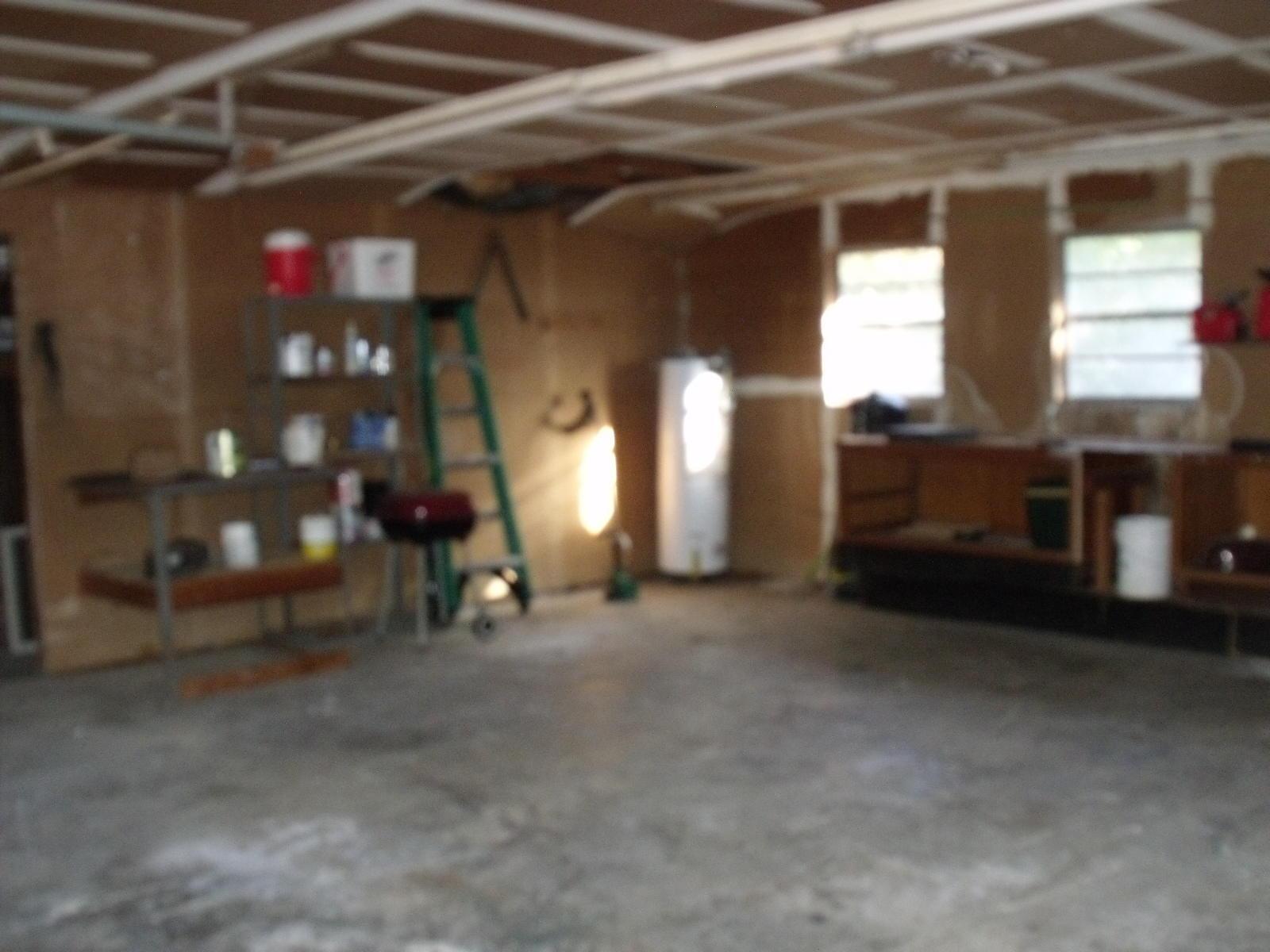 DeRidder home for sale, 1404 Blankenship Dr, DeRidder LA - $100,000
