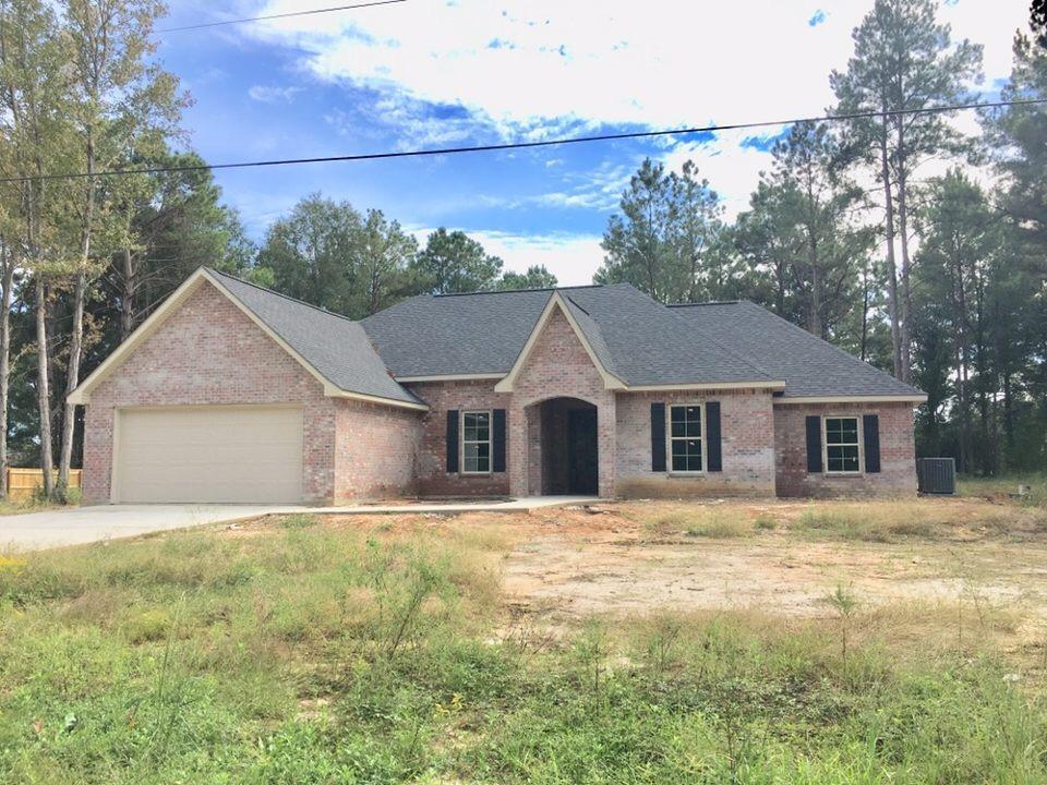 Leesville home for sale, 150 Carter Dr, Leesville LA - $262,500