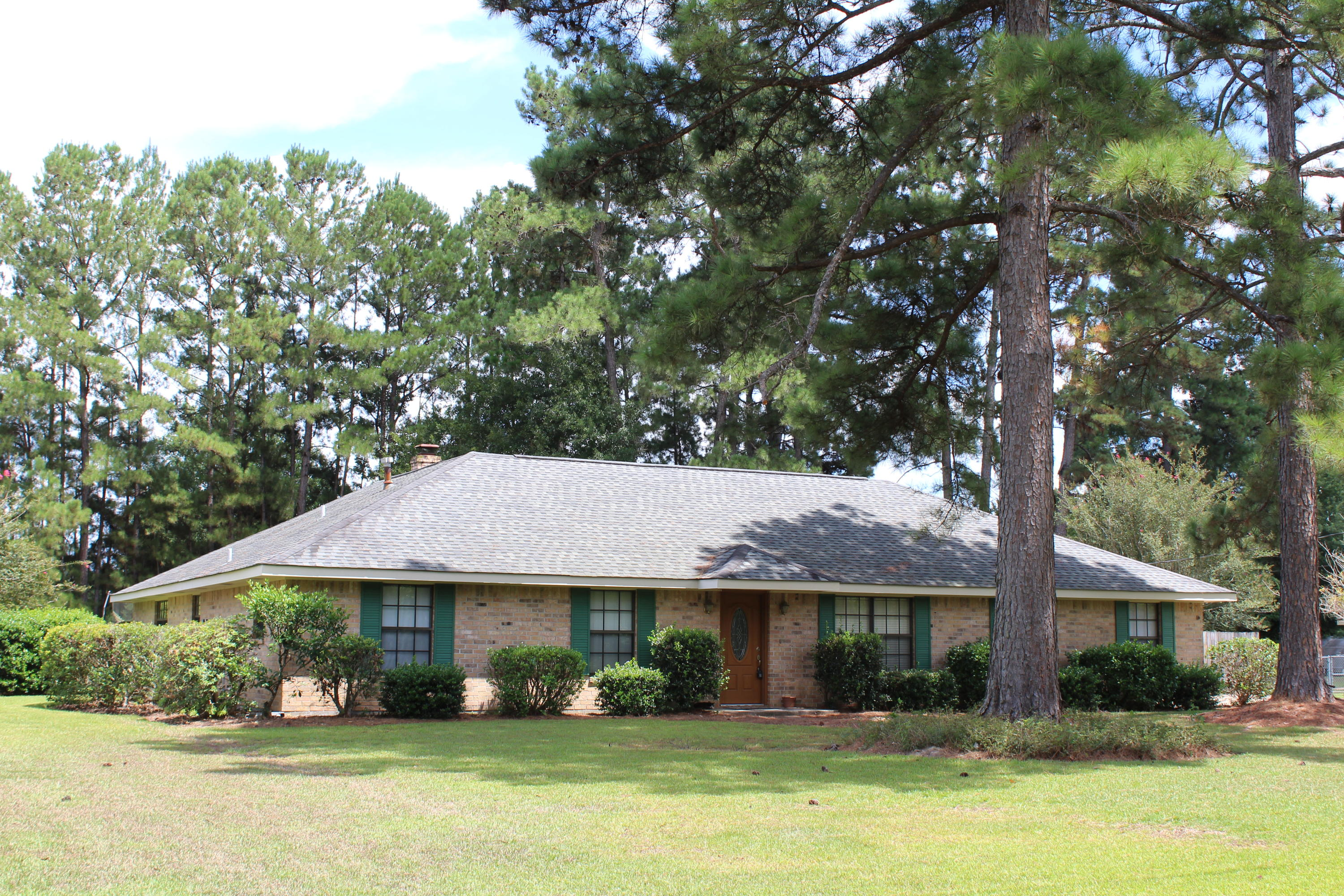 DeRidder home for sale, 1660 Glendale Rd, DeRidder LA - $189,000