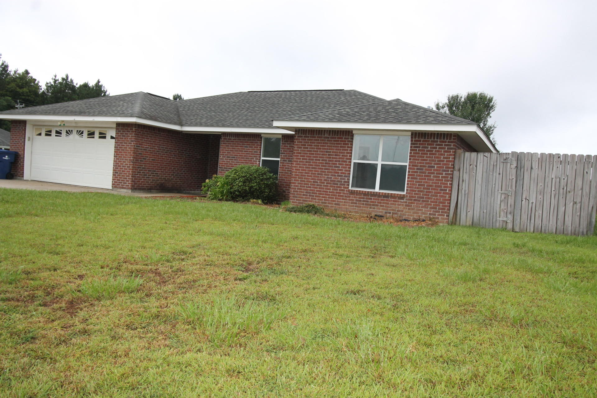 DeRidder home for sale, 1703 Maplewood, DeRidder LA - $159,900