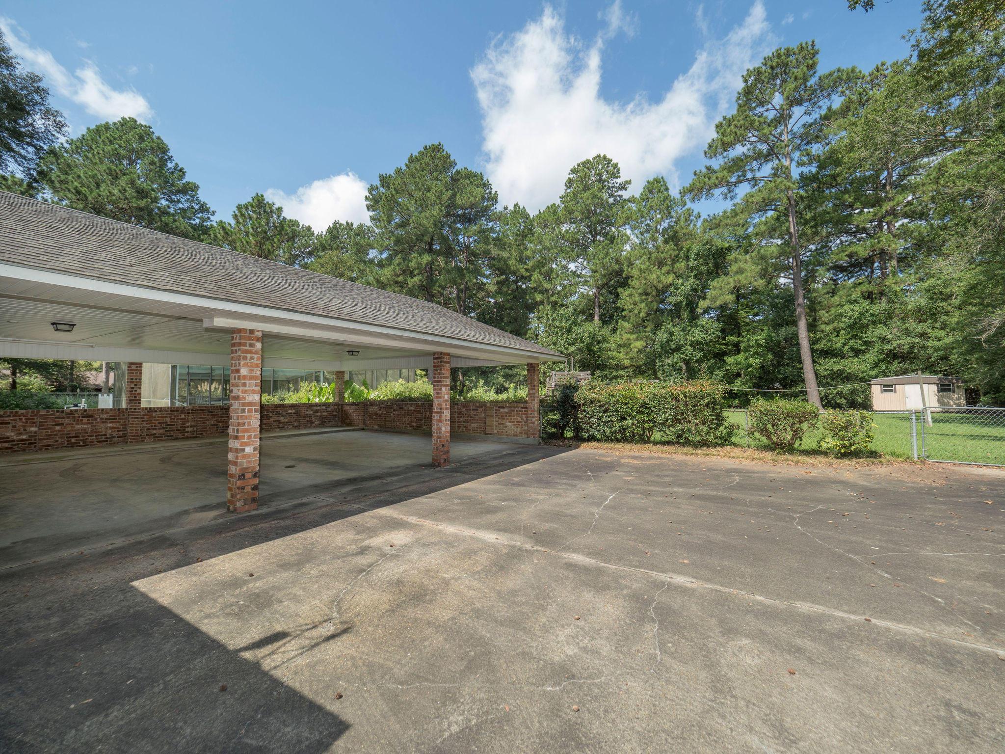 DeRidder home for sale, 177 Cathy Dr, DeRidder LA - $339,500
