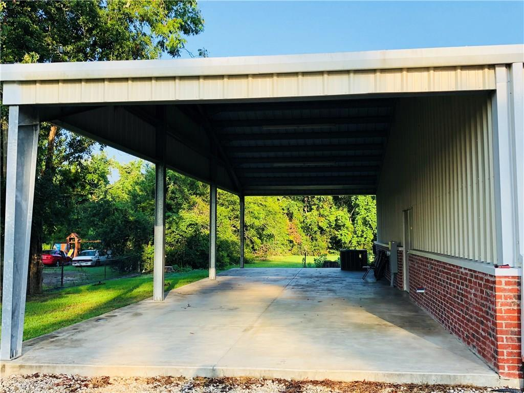 DeQuincy commercial property for sale, 210 Kenneth St, DeQuincy LA - $199,000