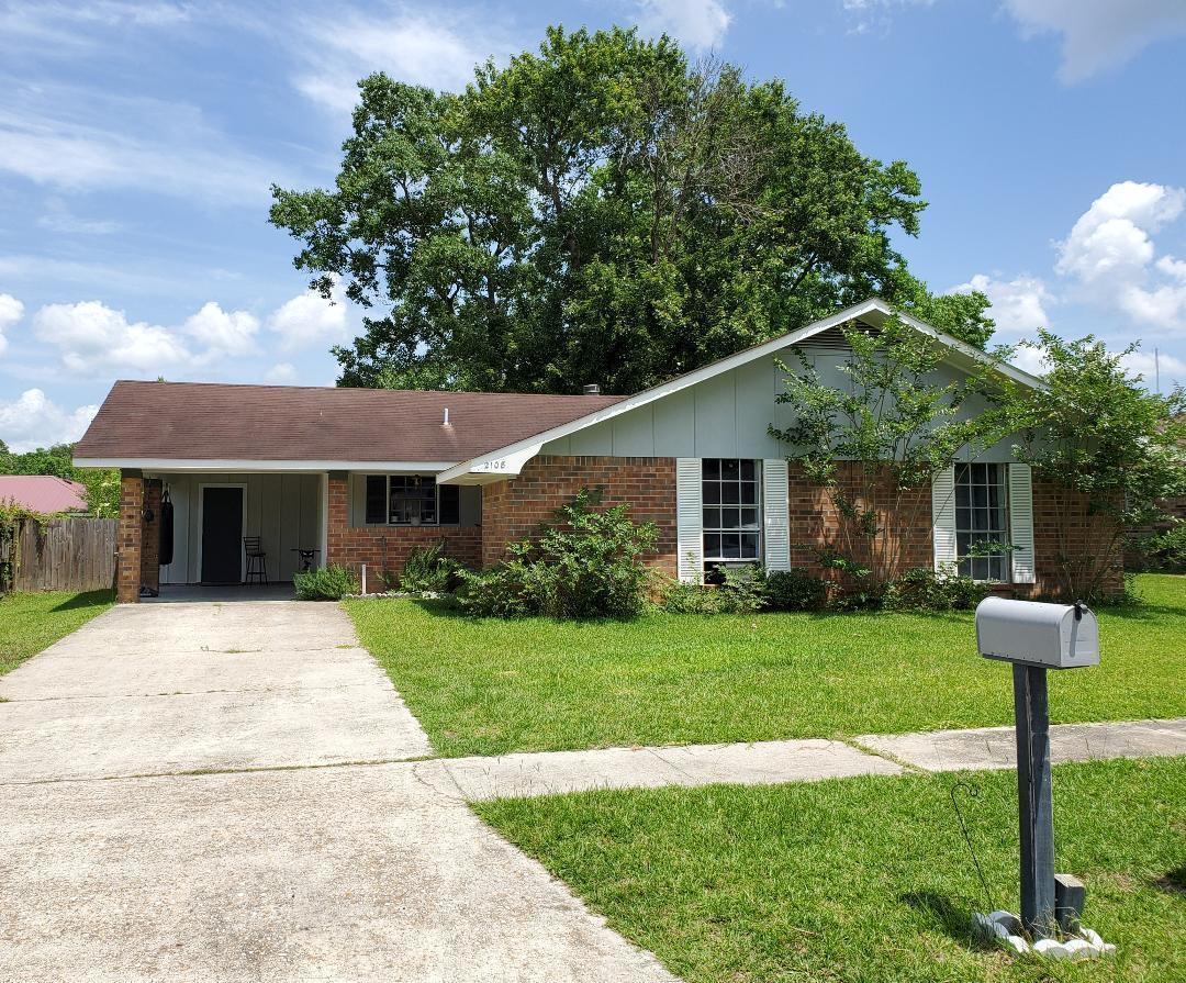 DeRidder home for sale, 2108 Plum St, DeRidder LA - $118,000
