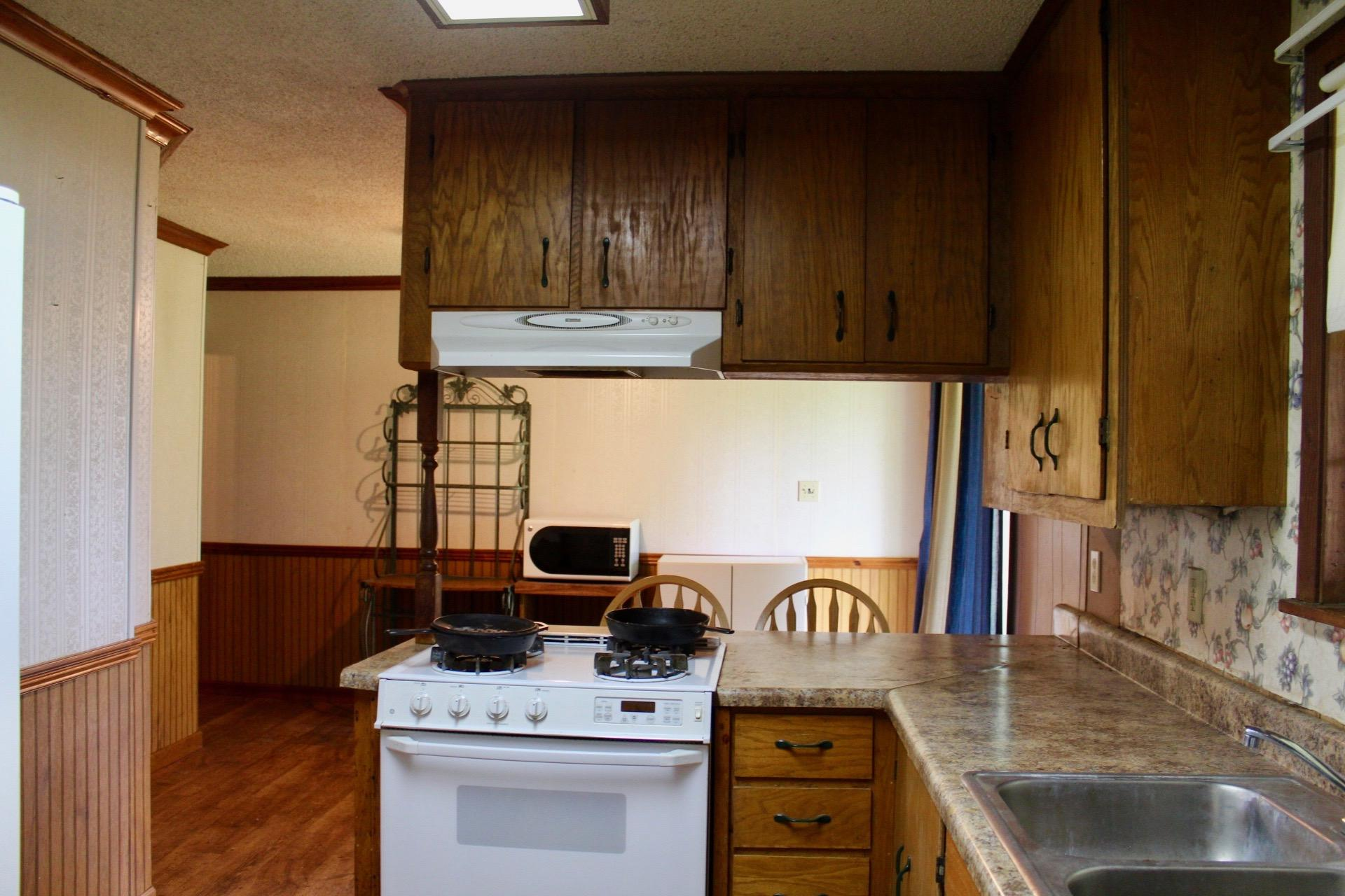 Pitkin home for sale, 226 L Johnson rd, Pitkin LA - $219,000