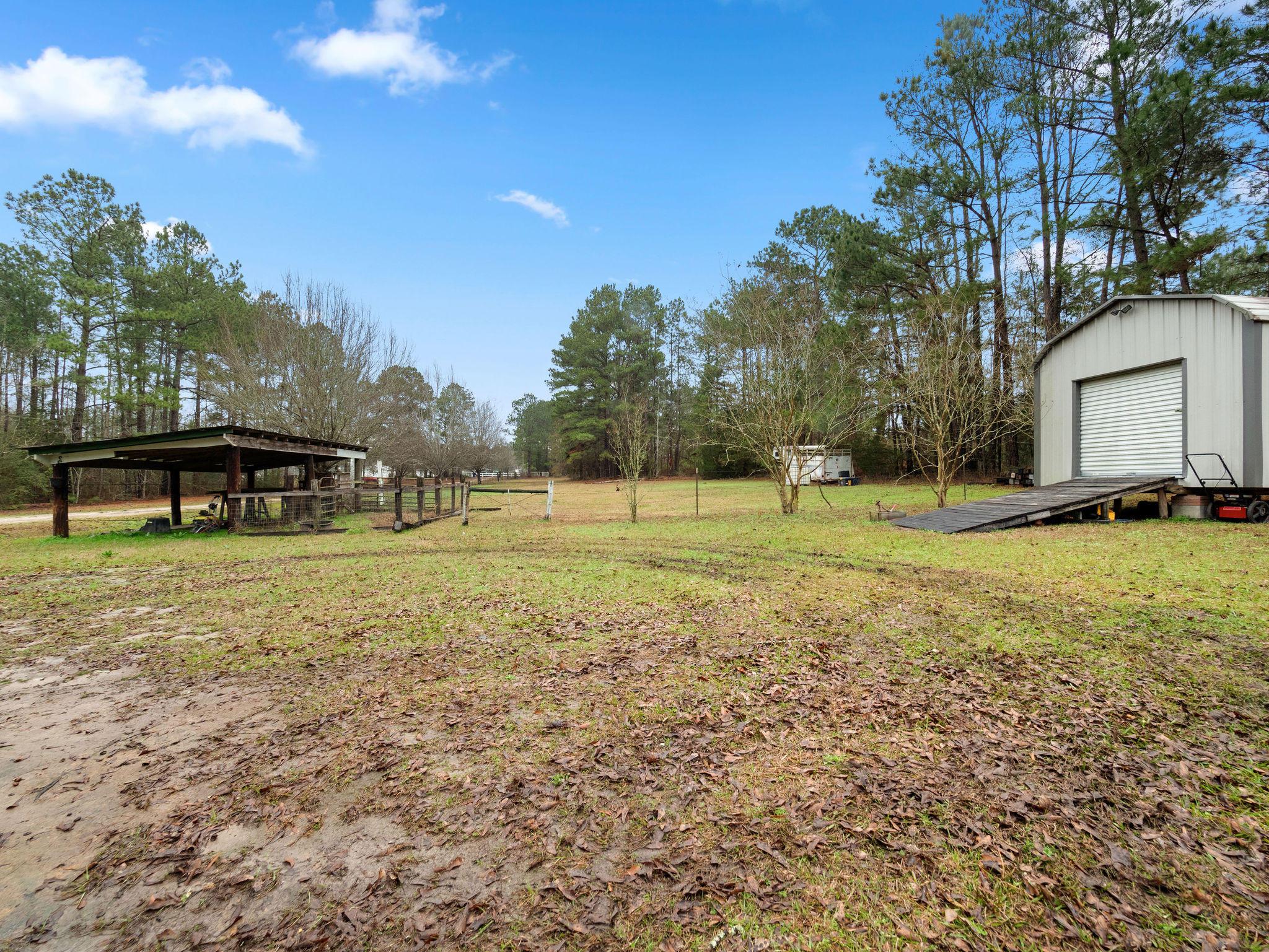 Hornbeck home for sale, 230 Snell Rd, Hornbeck LA - $160,000