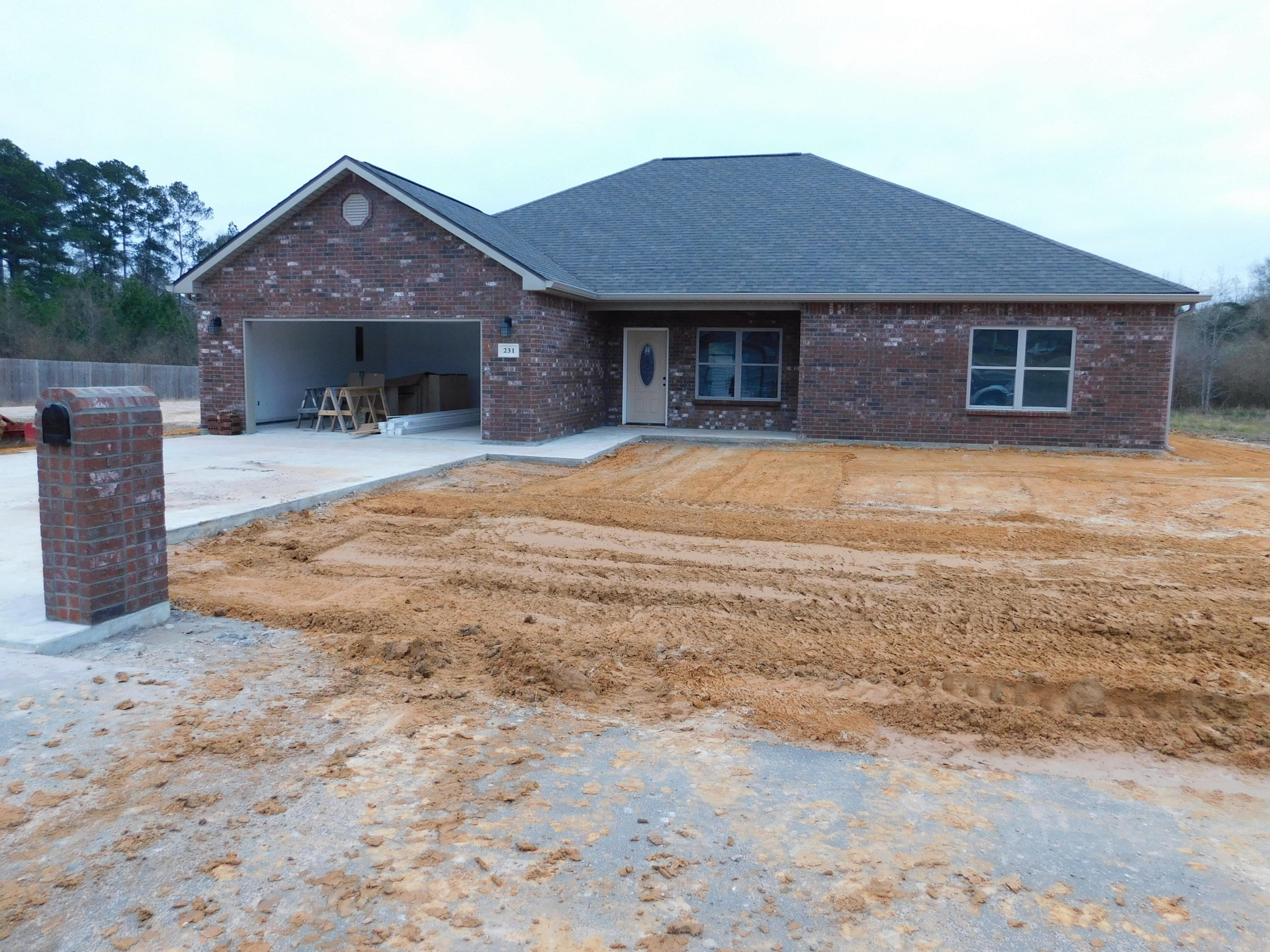 DeRidder home for sale, 231 Barbara Dr., DeRidder LA - $233,000