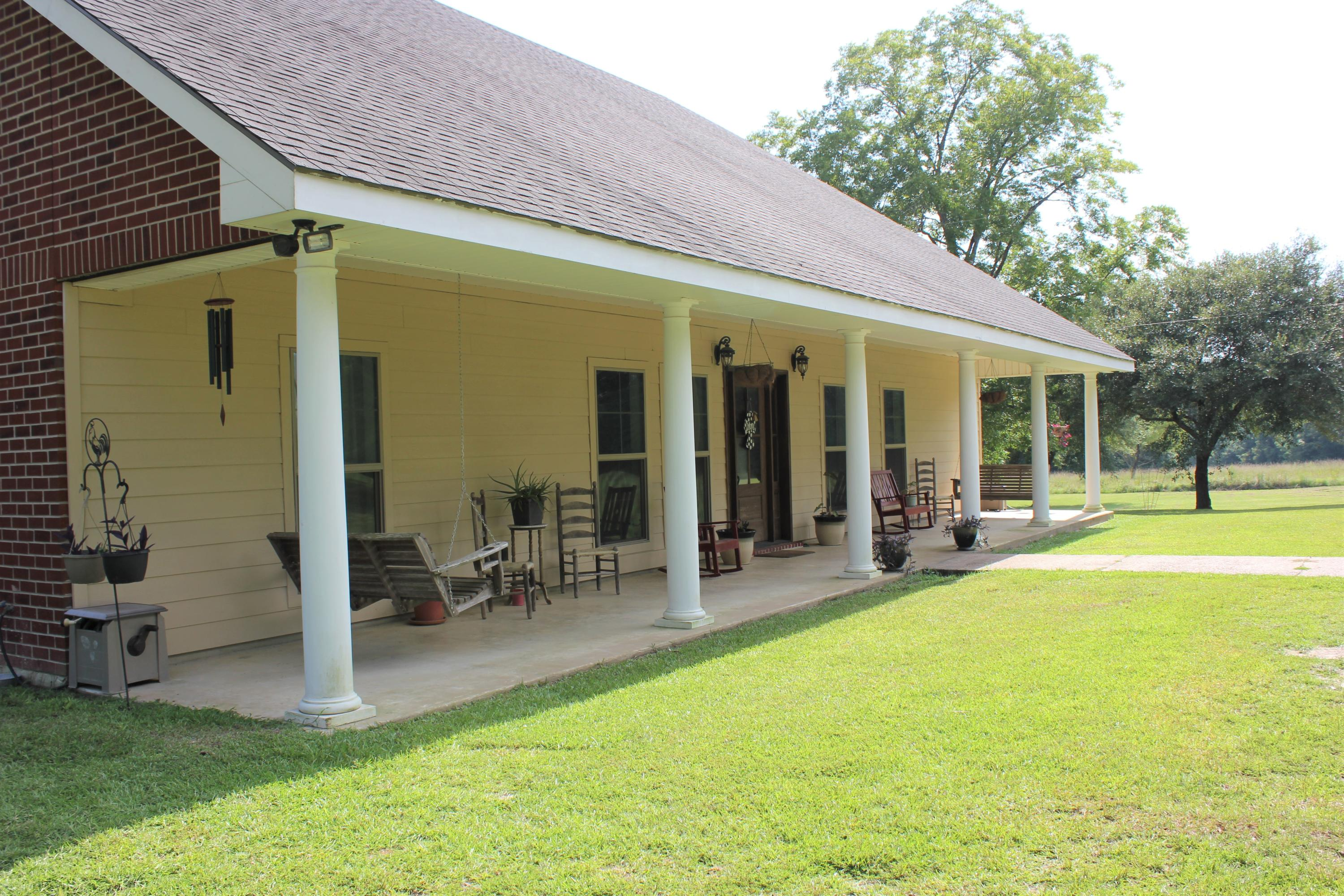 Leesville home for sale, 300 A Walters Road, Leesville LA - $398,000
