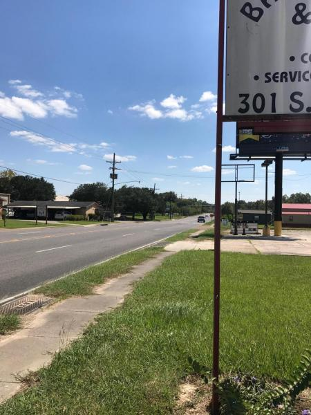 DeQuincy commercial property for sale, 301 Grand Ave, DeQuincy LA - $165,000