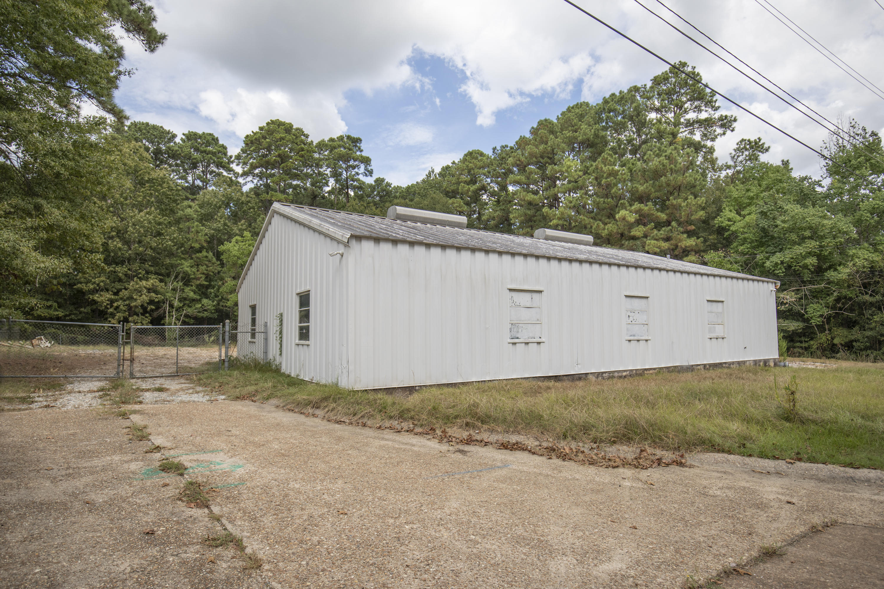 Leesville commercial property for sale, 308 Concord Ave, Leesville LA - $169,900