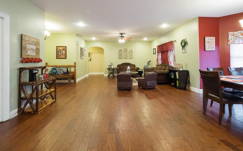 DeRidder home for sale, 410 Tanglewood Loop, DeRidder LA - $189,900
