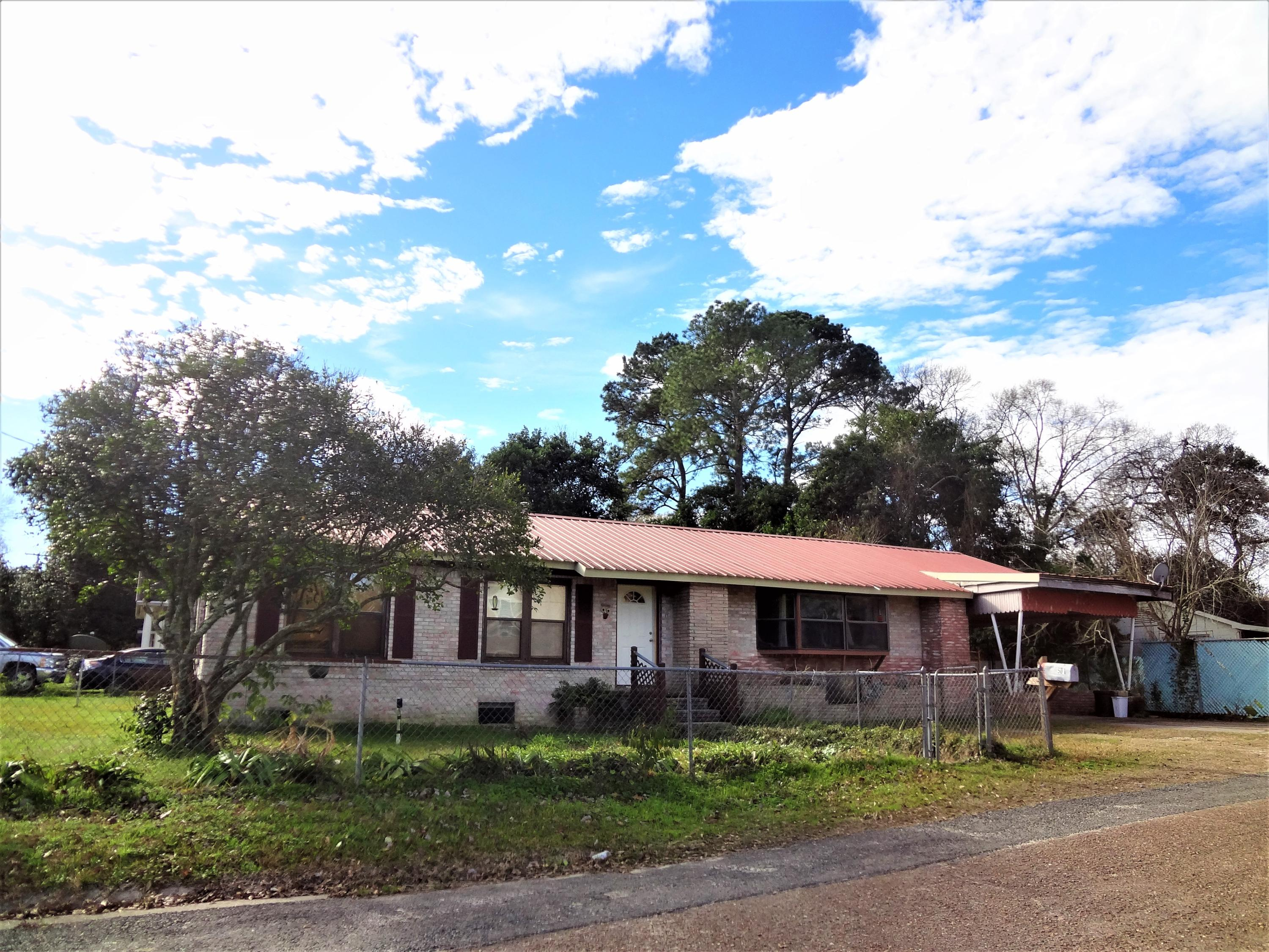 DeRidder home for sale, 501 Brown St, DeRidder LA - $88,000