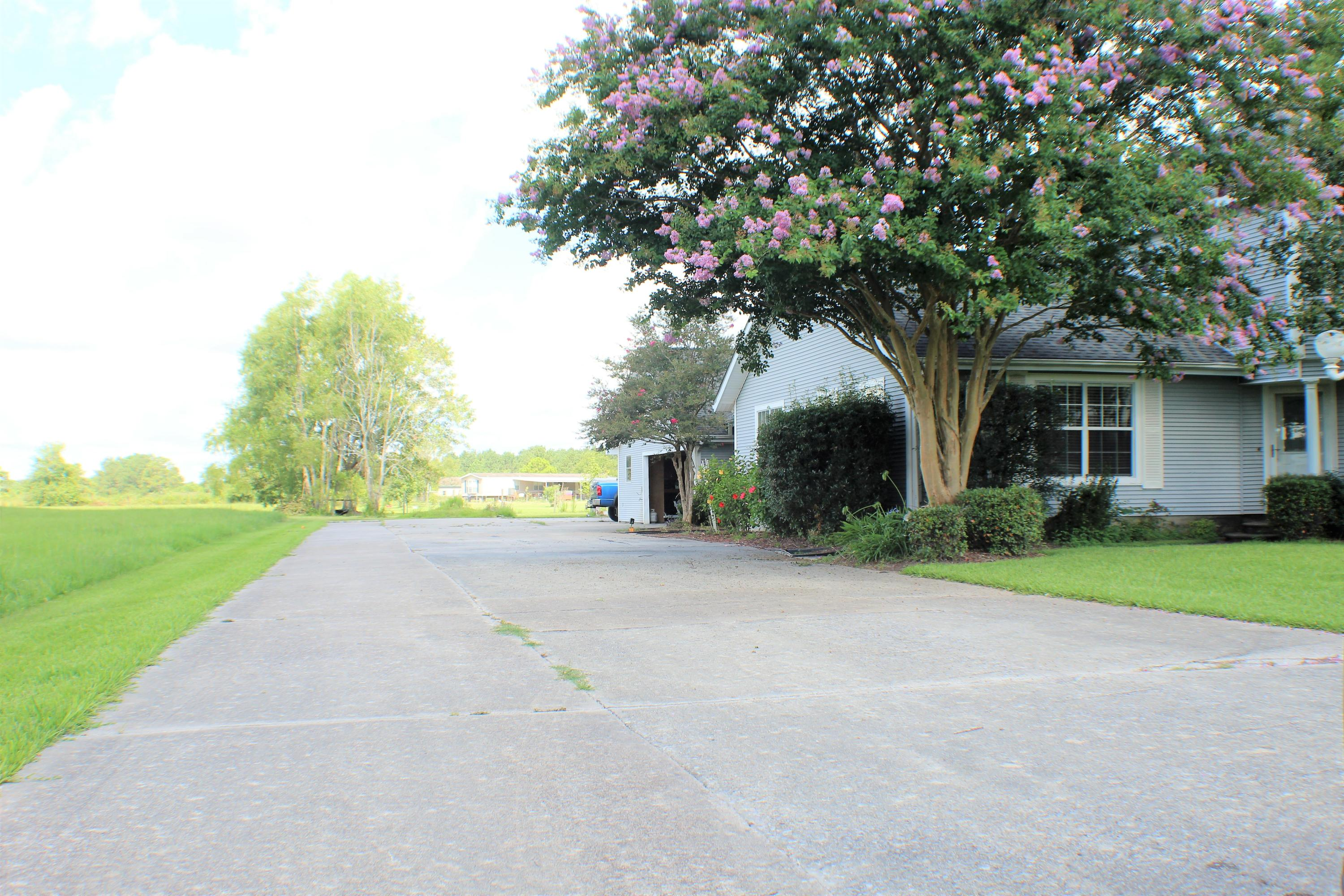 Sulphur home for sale, 5148 Thompson Rd, Sulphur LA - $250,000