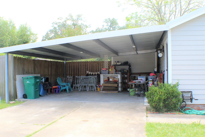 Sulphur home for sale, 635 S Kent Dr, Sulphur LA - $180,000