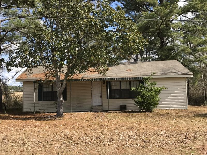 Simpson home for sale, 6471 LA-465, Simpson LA - $45,000