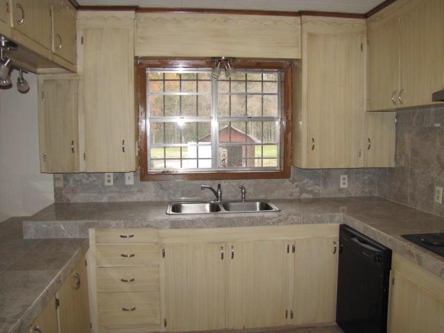 DeRidder home for sale, 649 Parish Line Rd, DeRidder LA - $159,000