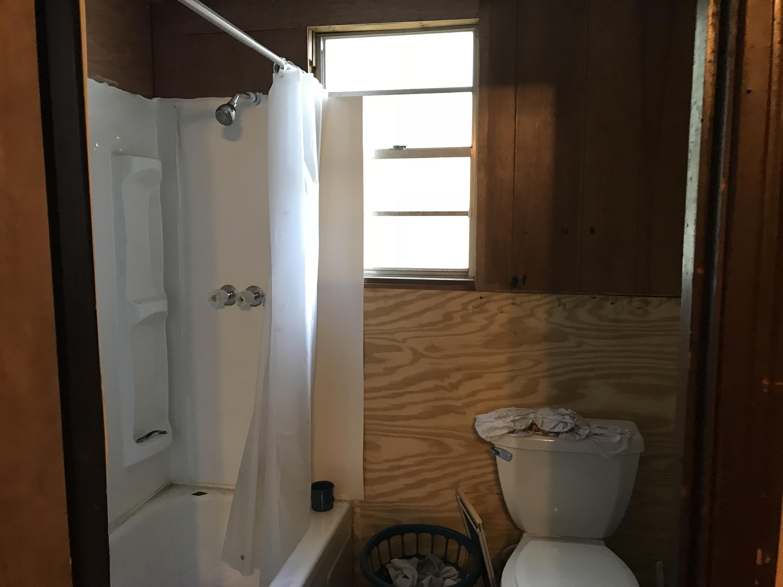 DeRidder home for sale, 725 Roberts, DeRidder LA - $35,000