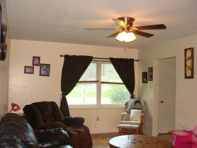DeRidder home for sale, 801 Greenbriar St, DeRidder LA - $124,900