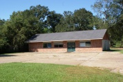 DeRidder commercial property for sale, 813 Bon Ami St, DeRidder LA - $129,000