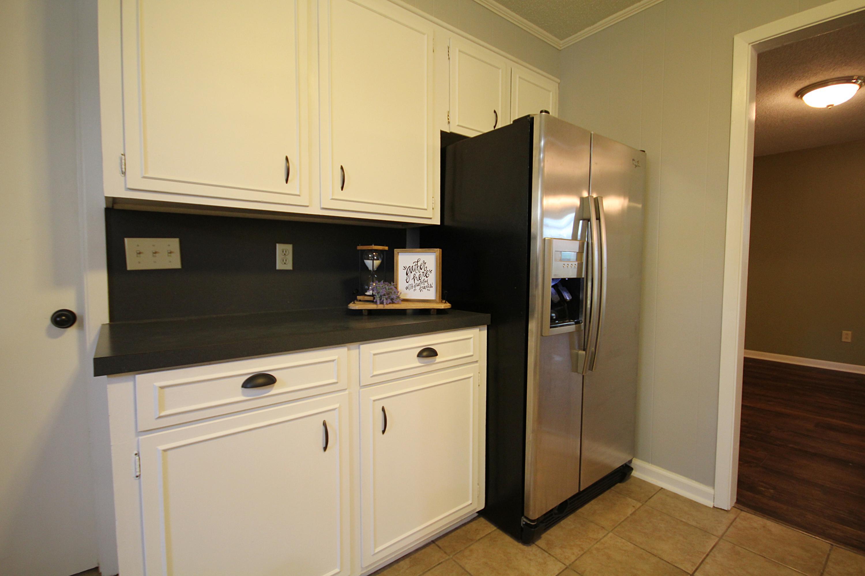 DeRidder home for sale, 813 Chinquapin Dr, DeRidder LA - $249,900