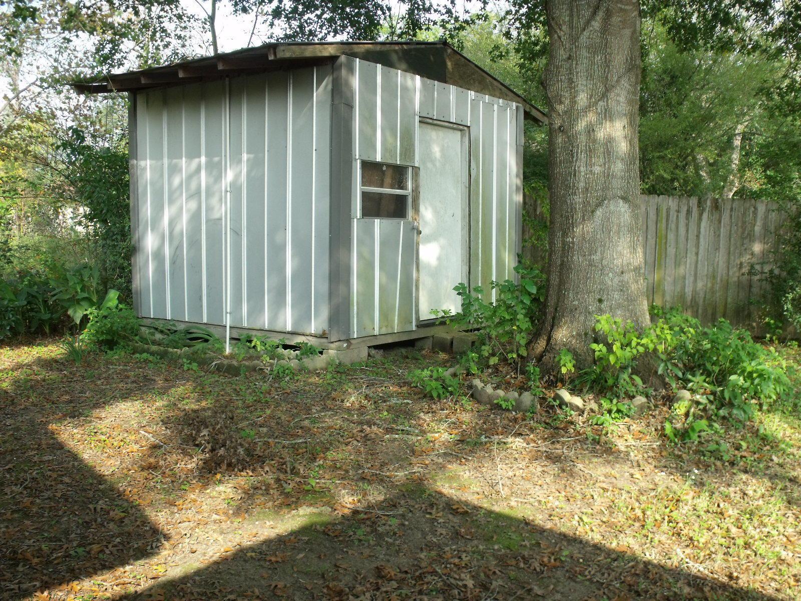 DeRidder home for sale, 815 King St, DeRidder LA - $32,000