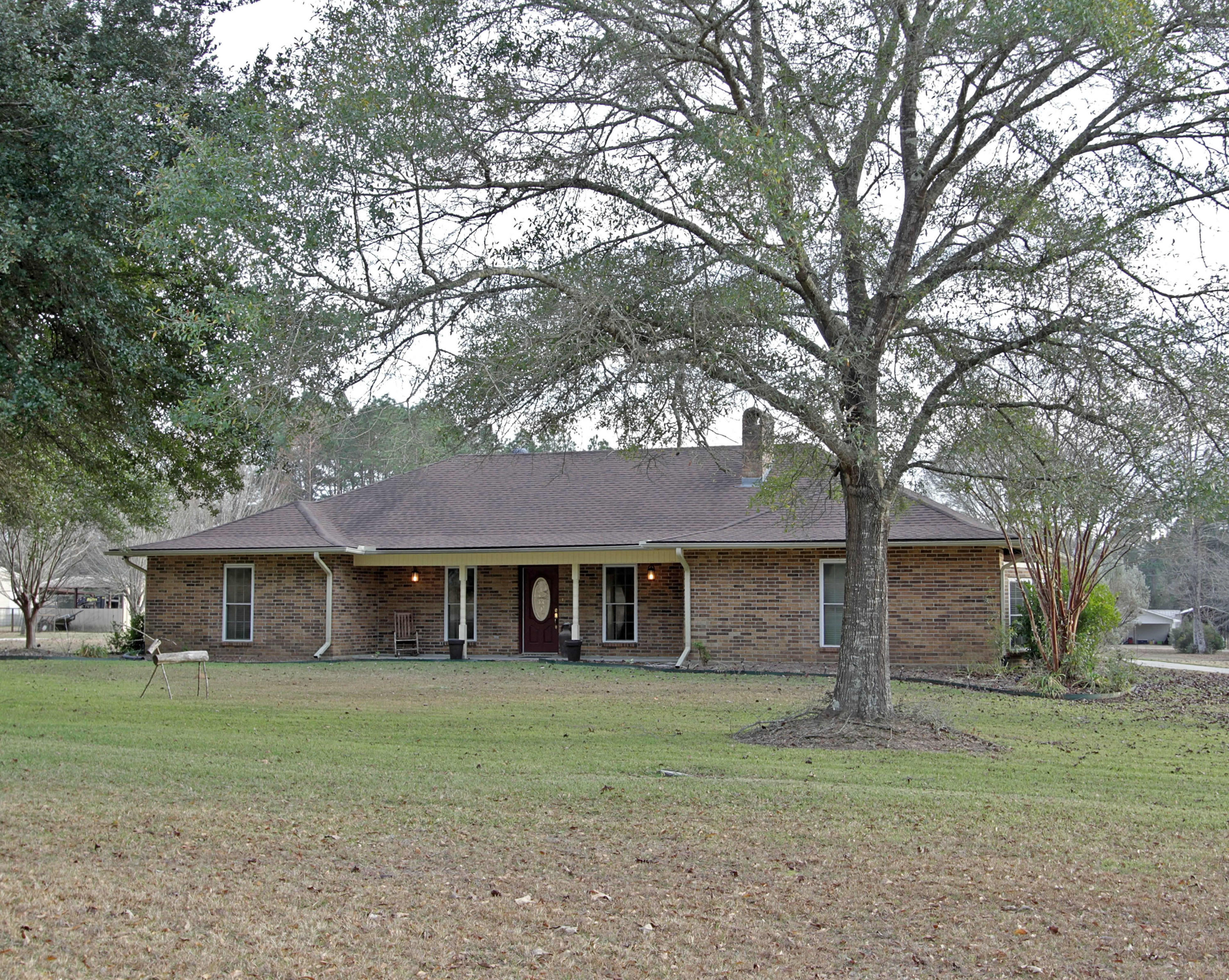 DeRidder home for sale, 9173 Main St, DeRidder LA - $244,900