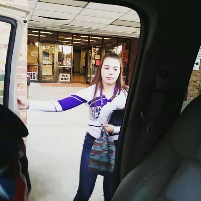 Little brother pranks sisters with his school spirit at morning drop off! #DeRidder #Leesville #FortPolk #highschool #cheerleaders