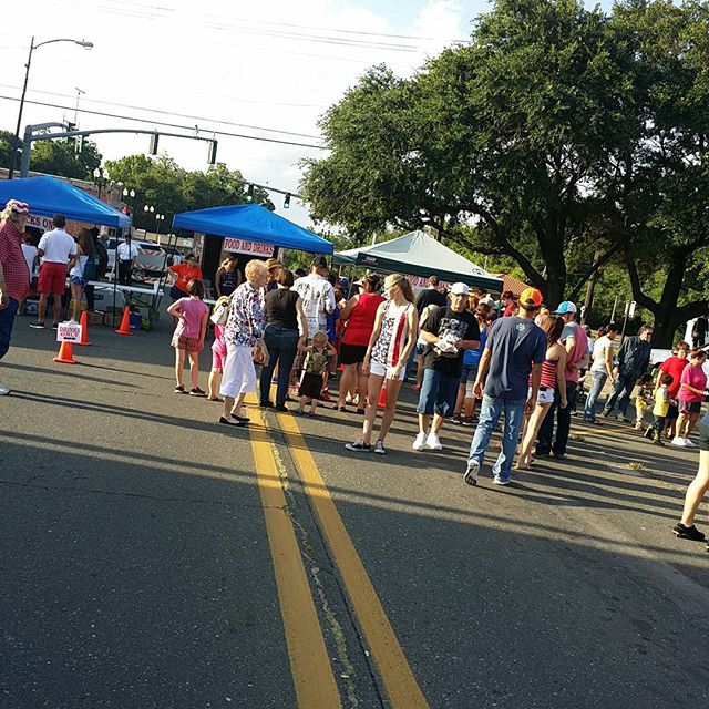 Free food and drinks at the DeRidder 4th of July Festival.  #DeRidder #4thofjuly
