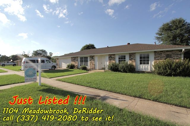Just Listed in Green Acres subdivision. This spacious 1824sf square foot home has 4 bedrooms, 2 baths, and a deep 2-car garage.  Extensive remodeling is completed on the inside. Walk in this house and you will be greeted with the sights and smells of new floors, fresh paint, and new appliances! Affordably priced at $134,900!  Call (337) 419-2080 to see it!  #deridder #leesville #fortpolk #greenacres #justlisted DeRidder LA Real Estate, LLC 142 Jodie Williams Road, suite DRE DeRidder LA 70634 licensed in LA by LREC